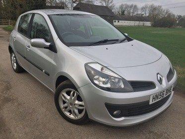 Renault Clio 1.4 16V DYNAMIQUE