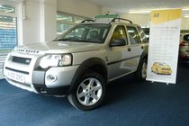 Land Rover Freelander TD4 HSE STATION WAGON