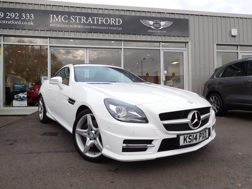 Mercedes SLK 1.8 SLK 200 BLUEEFFICIENCY AMG SPORT AIR SCARF LOW RATE FINANCE OF 6.9 %APR REPRESENTATIVE.