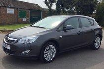 Vauxhall Astra 1.4 EXCITE 5 Door Hatchback 129 G/KM