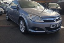 Vauxhall Astra 1.9 CDTi Design Twin Top 2dr 2 FORMER KEEPER, DRIVES NICE