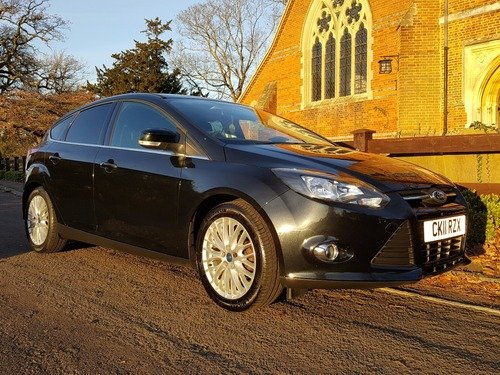 Ford Focus 1.6 TI-VCT ZETEC 125PS FULL FORD SERVICE HISTORY / 1 OWNER