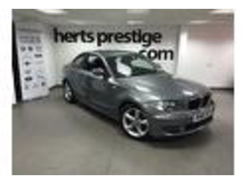 BMW 118 118d SE Coupe + 17