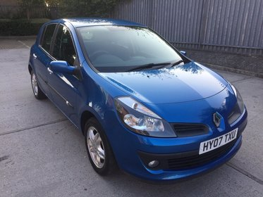 Renault Clio 1.4 16V 98 DYNAMIQUE**2 FORMER KEEPER*2 KEYS*MOT DUE 05/10/2017*FREE 6 MONTHS WARRANTY*FREE 12 MONTHS AA BREAKDOWN COVER*FINANCE