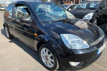 Ford Fiesta 16V BLACK