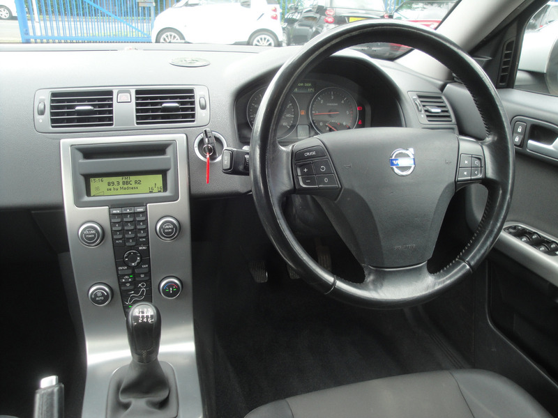Volvo V50
