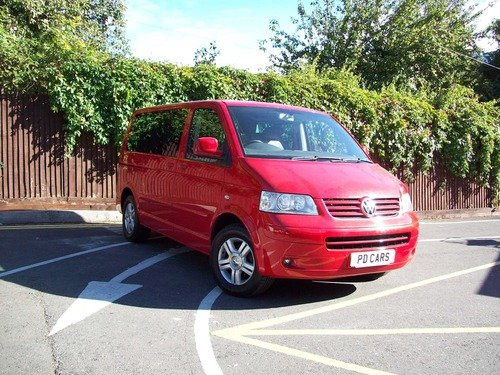 Volkswagen Caravelle 2.5 TDI PD EXECUTIVE 174PS