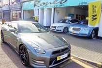 Nissan GT-R PREMIUM EDITION, ONE OWNER FROM NEW, STUNNING !!